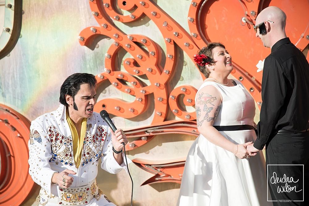 Las-Vegas-Elvis-Wedding-Photographer-Neon-Museum-31