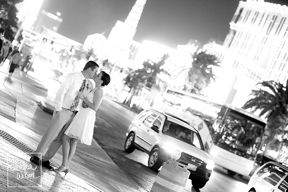 Vegas-Strip-Wedding-02
