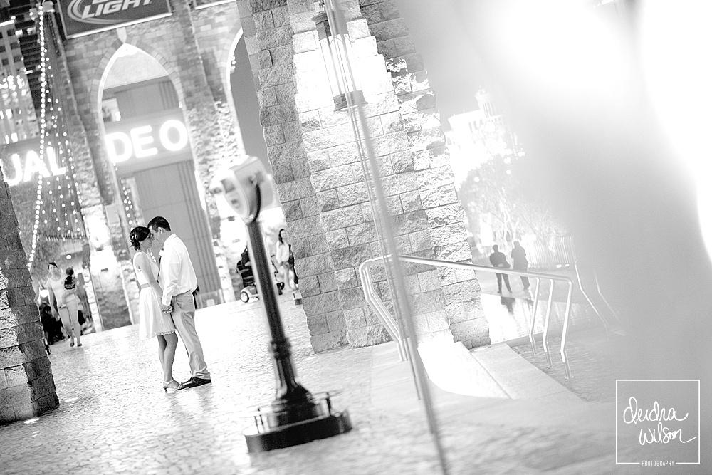 Vegas-Strip-Wedding-07